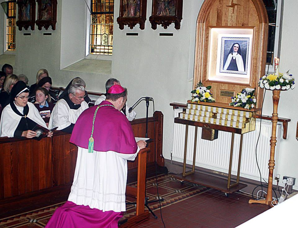 Archbishop before the new shrine